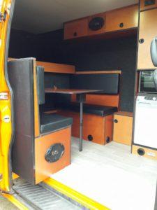 complete-living-bedrijfswageninrichtingen